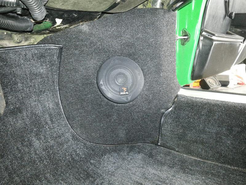 Auto HiFi Einbaubeispiel im Porsche 911 Targa