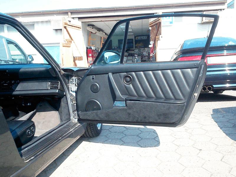 Auto HiFi Einbaubeispiel im Porsche 964