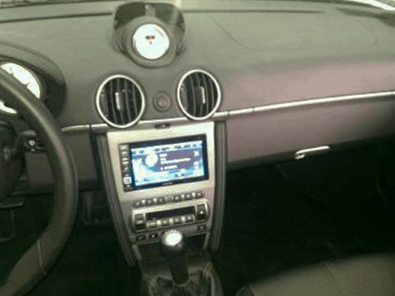 Auto HiFi Einbaubeispiel im Porsche Cayman S
