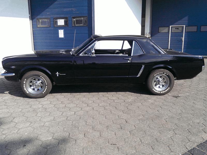 Ford Mustang 1965 Einbaubeispiel von Finsterwalder Elektronik